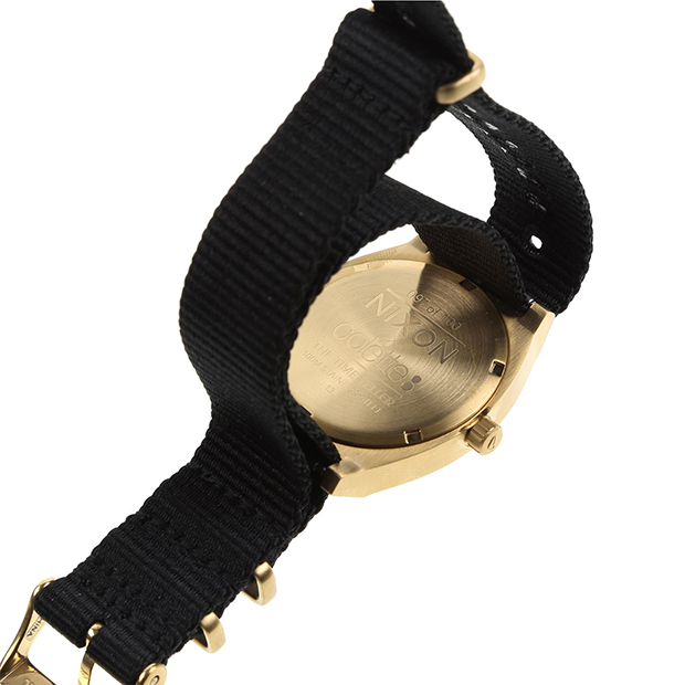 montre nixon collette
