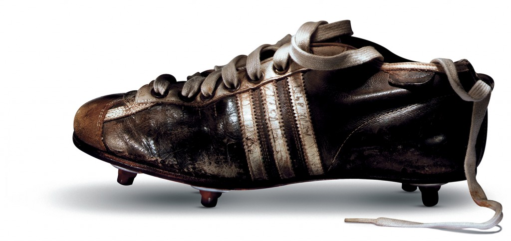 chaussures Adidas coupe du monde football 1954