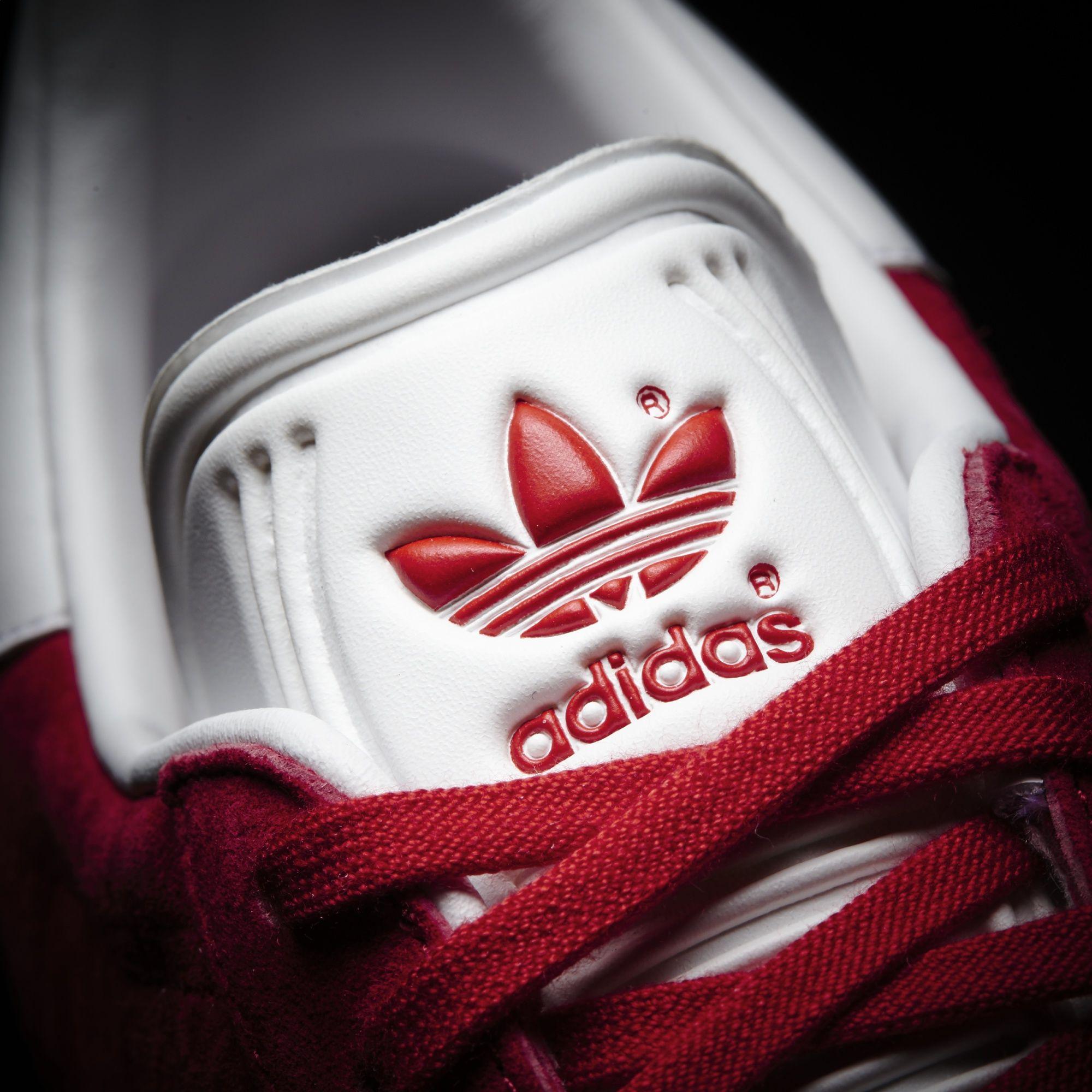 Adidas originals gazelle rouge. Logo Adidas Originals en relief sur la languette