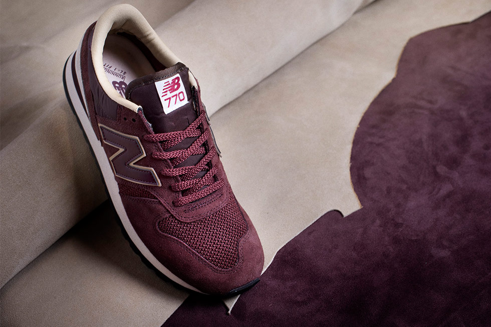 sneakers New Balance 770 rouge
