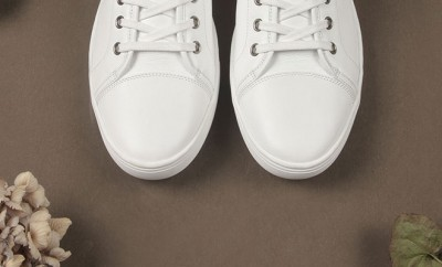 Sneakers en cuir blanches
