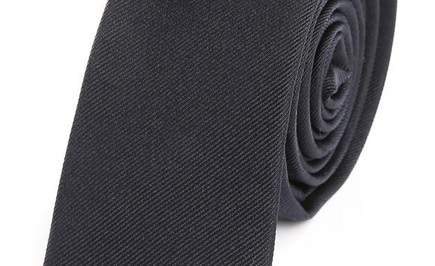 Cravate soie marine Sandro