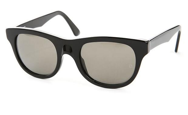 lunettes de Soleil noires A.P.C.