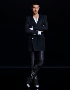 collection H&M Balmain manteau noir