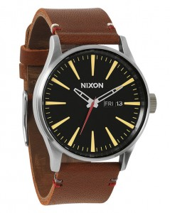 montre Sentry cuir marron Nixon
